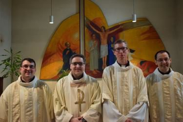 Tri nova đakona