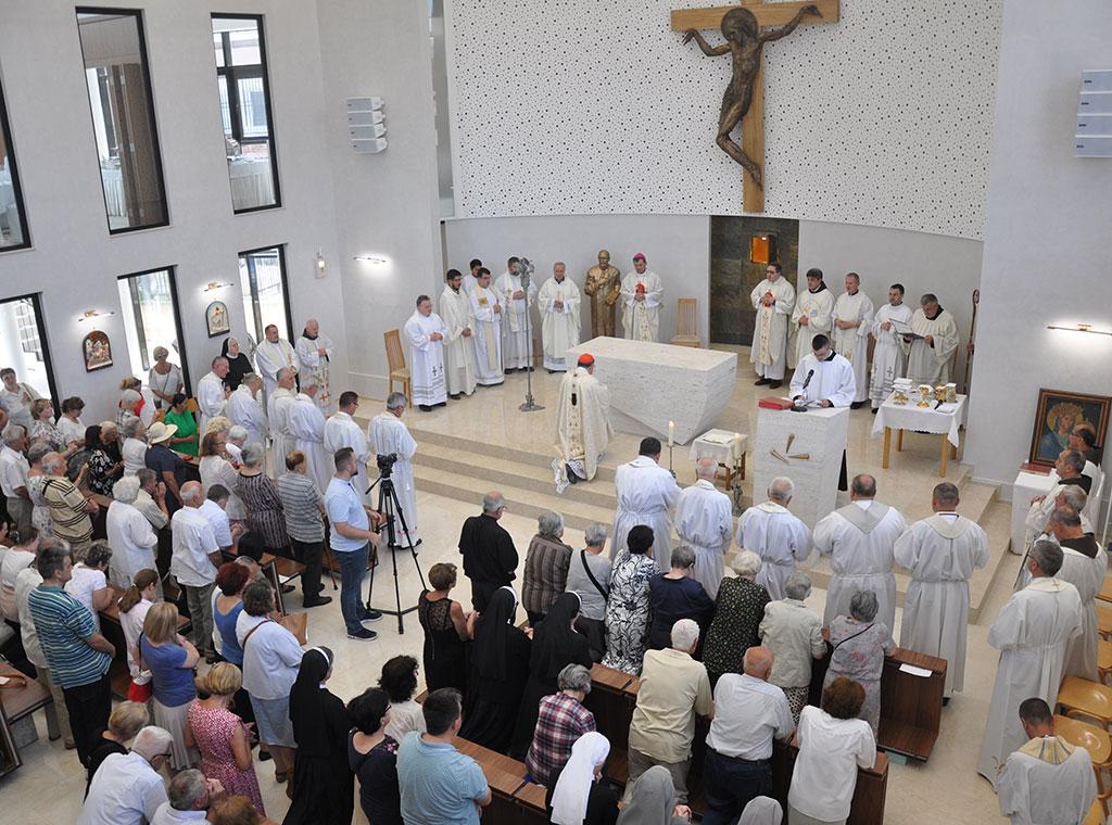 Posveta-Crkve-Grbavica-11