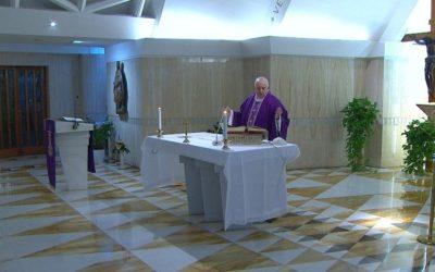Papa Franjo: Molim za starije osobe koje su same i u strahu